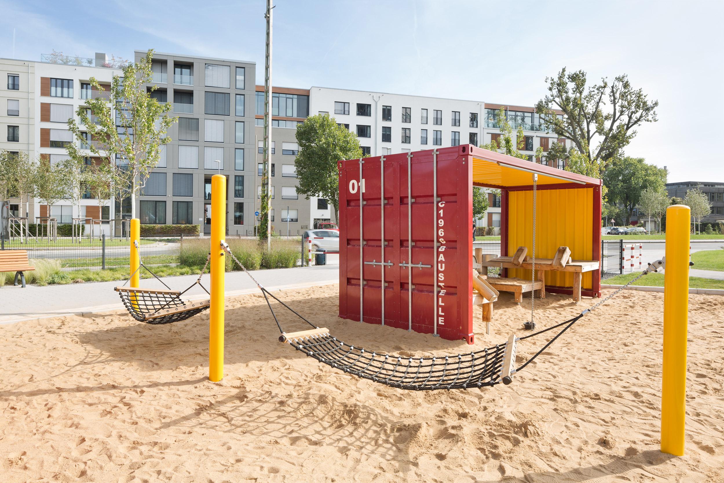 Containerpielplatz im Stadt-Natur-Park Flingern