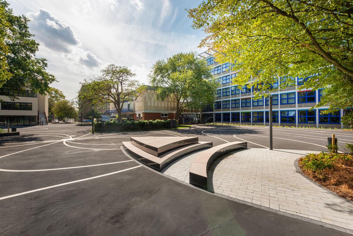 Außenanlagen des Heinrich-Hertz-Berufskollegs