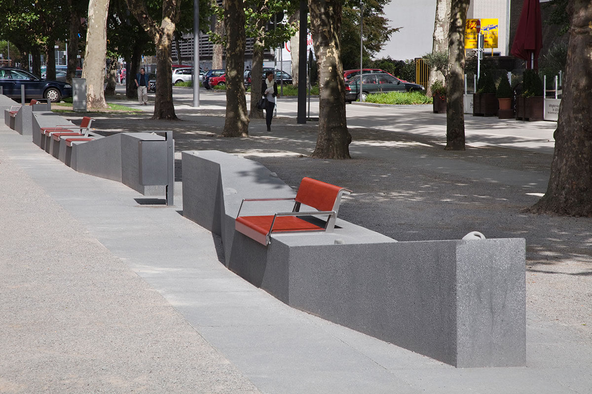 Sitzelemente Saporoshje Platz