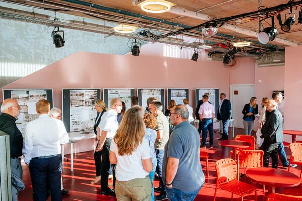 Ausstellungseröffnung Offenbachplatz